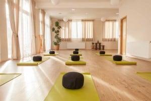 Yoga-za-trecu-zivotnu-dob