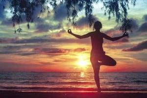 joga-gledanje-u-sunce