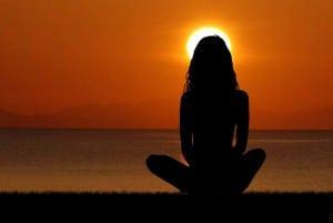 meditacija-u-lezecem-polozaju